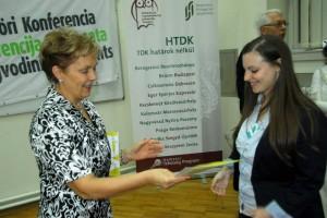 Szeretek díjat átnyújtani! VMTDK Újvidék 2013