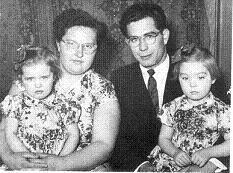 Molnár család, Lukácsfalva, 1958